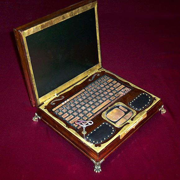 Meet My New Steampunk Laptop! (1/3)