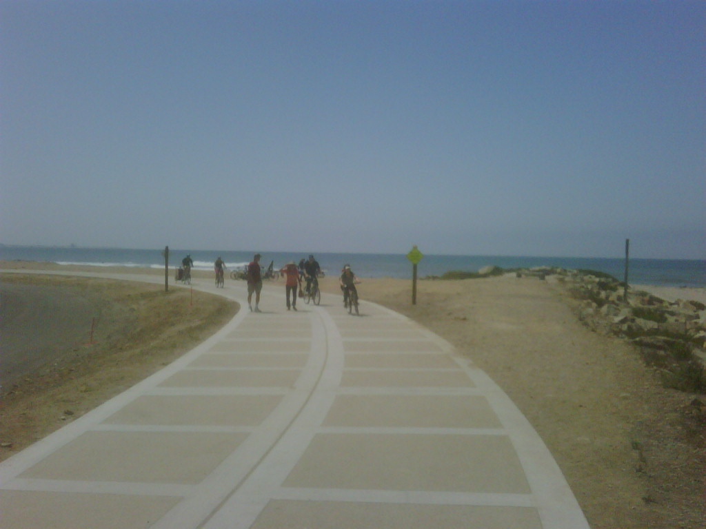 Ventura S Beach Bike Path Now Open Art Predator